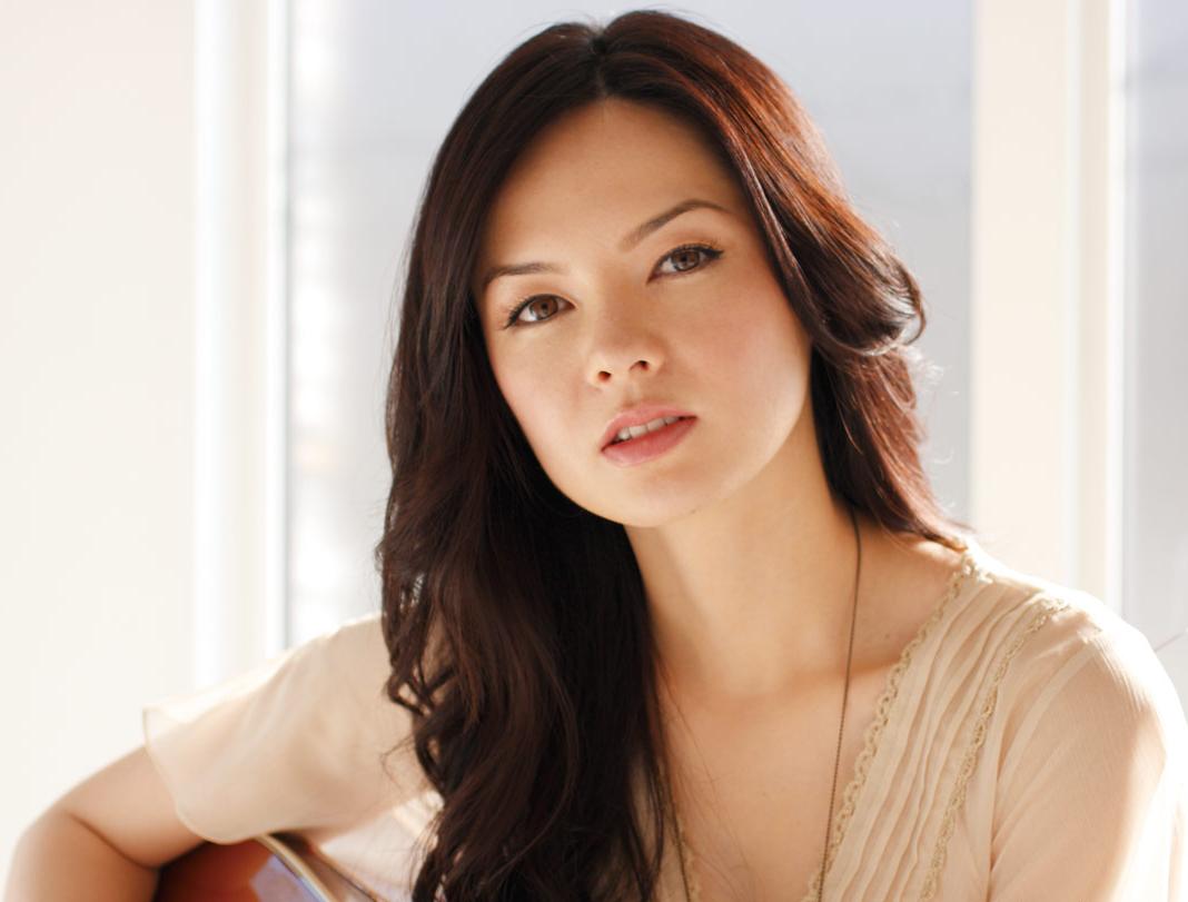YouTube actrees Marié Digby