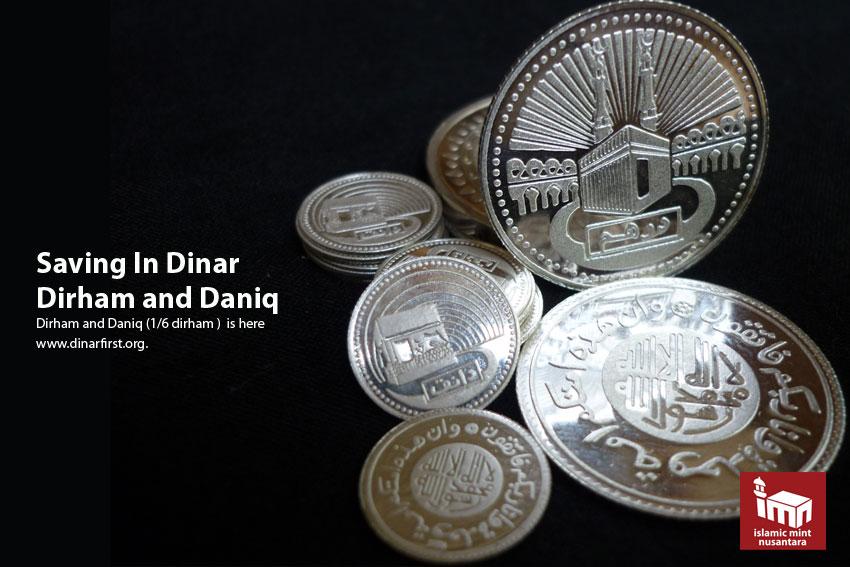 Menyimpan dalam Dinar, Dirham atau Daniq