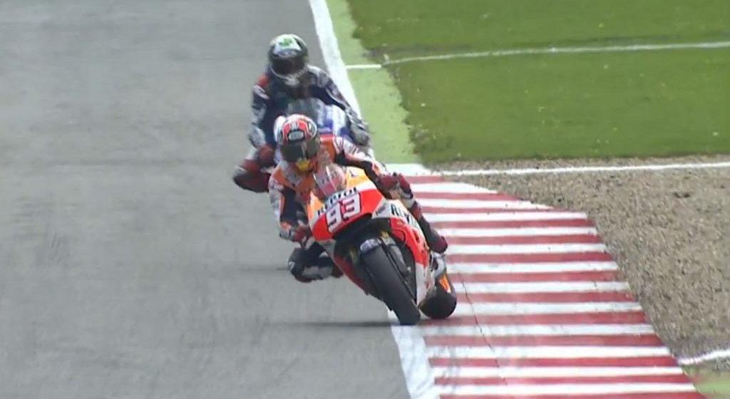Duel Marc Marquez vs Jorge Lorenzo di Silverstone MotoGP 2014