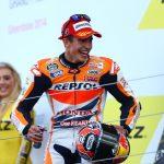 Marc Marquez Selebrasi Podium Silverstone MotoGP 2014