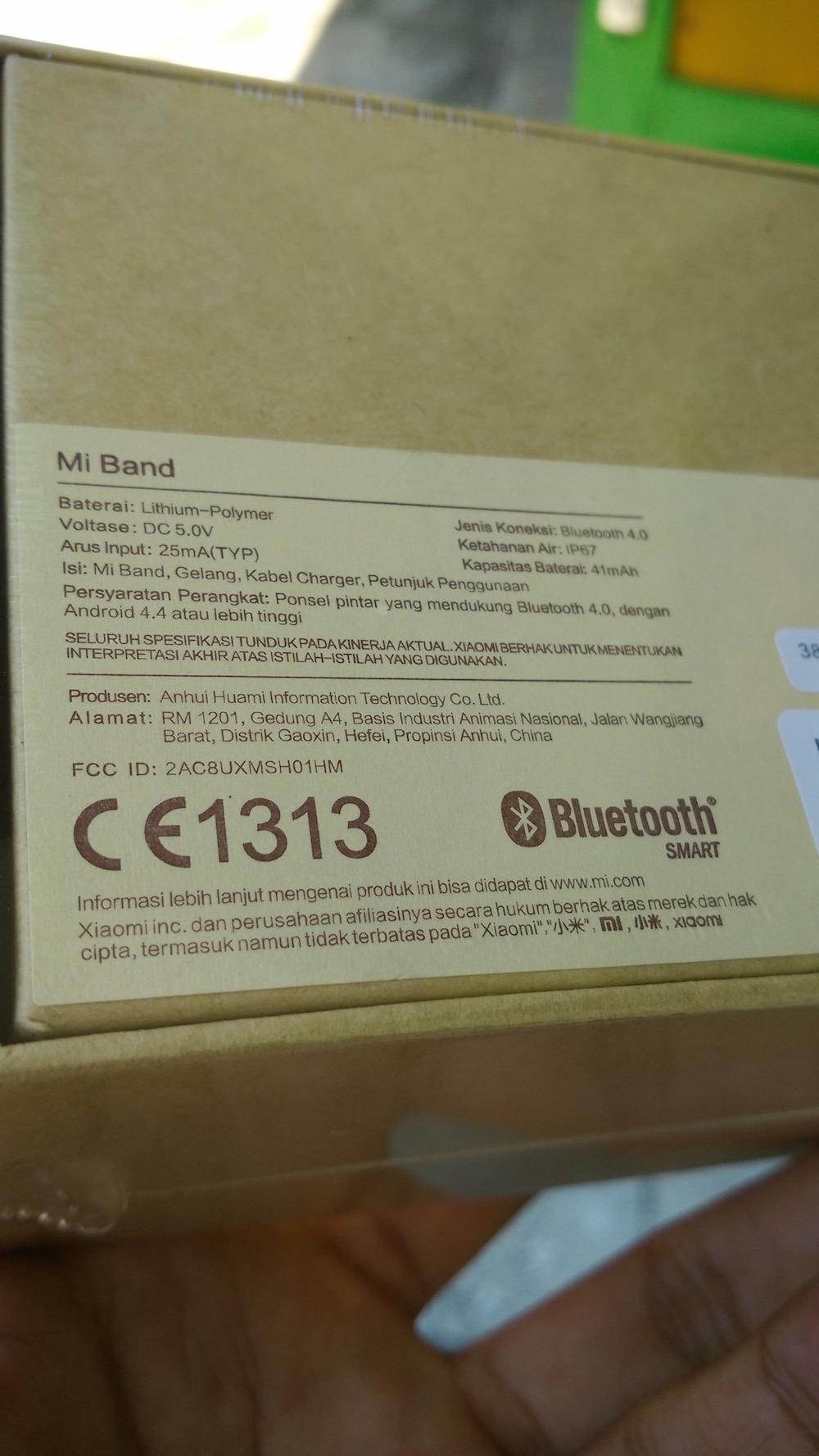 Bagian bawah Box Mi Band Indonesia