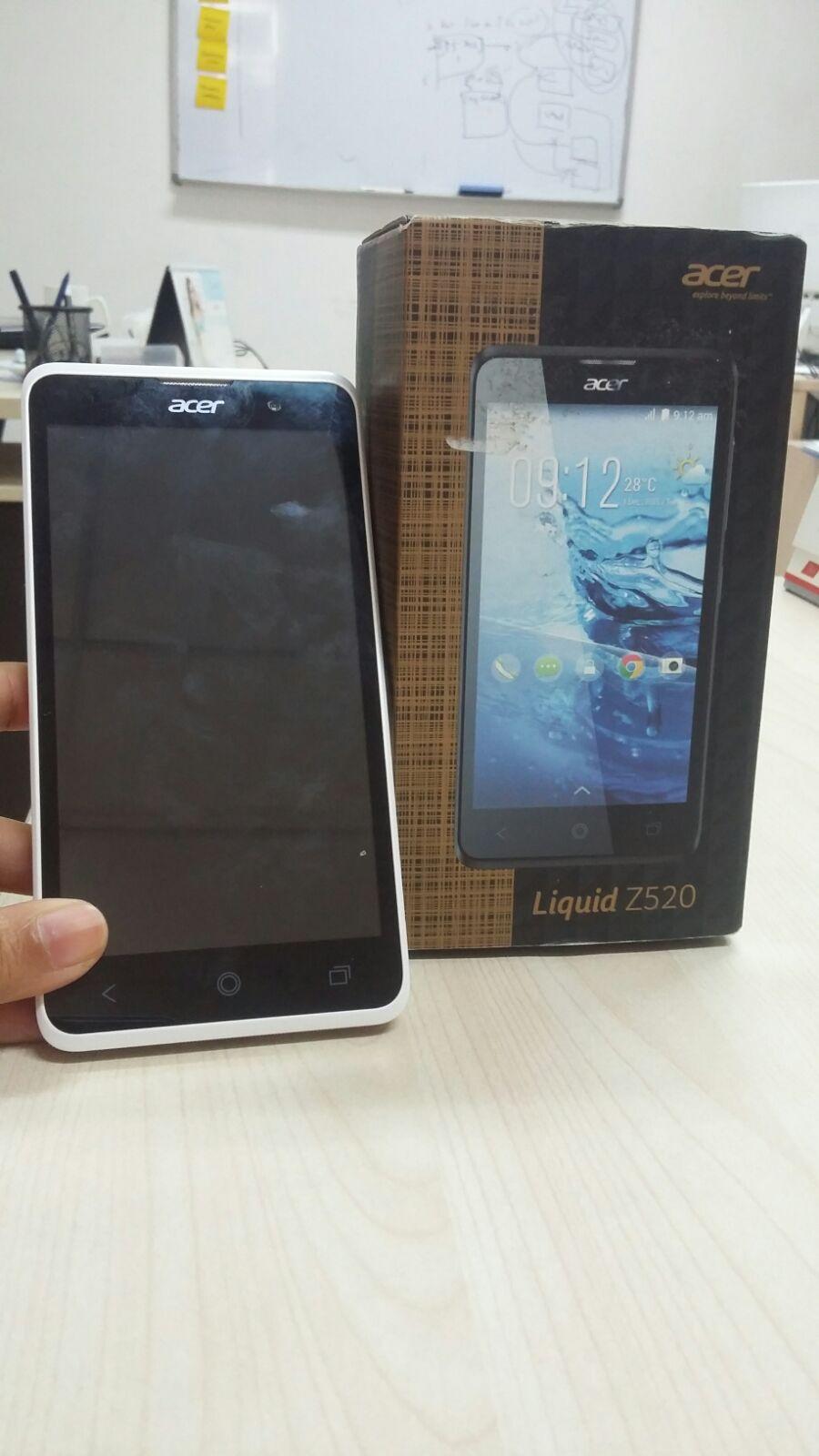 Inilah Bentuk Fisik Acer Z520