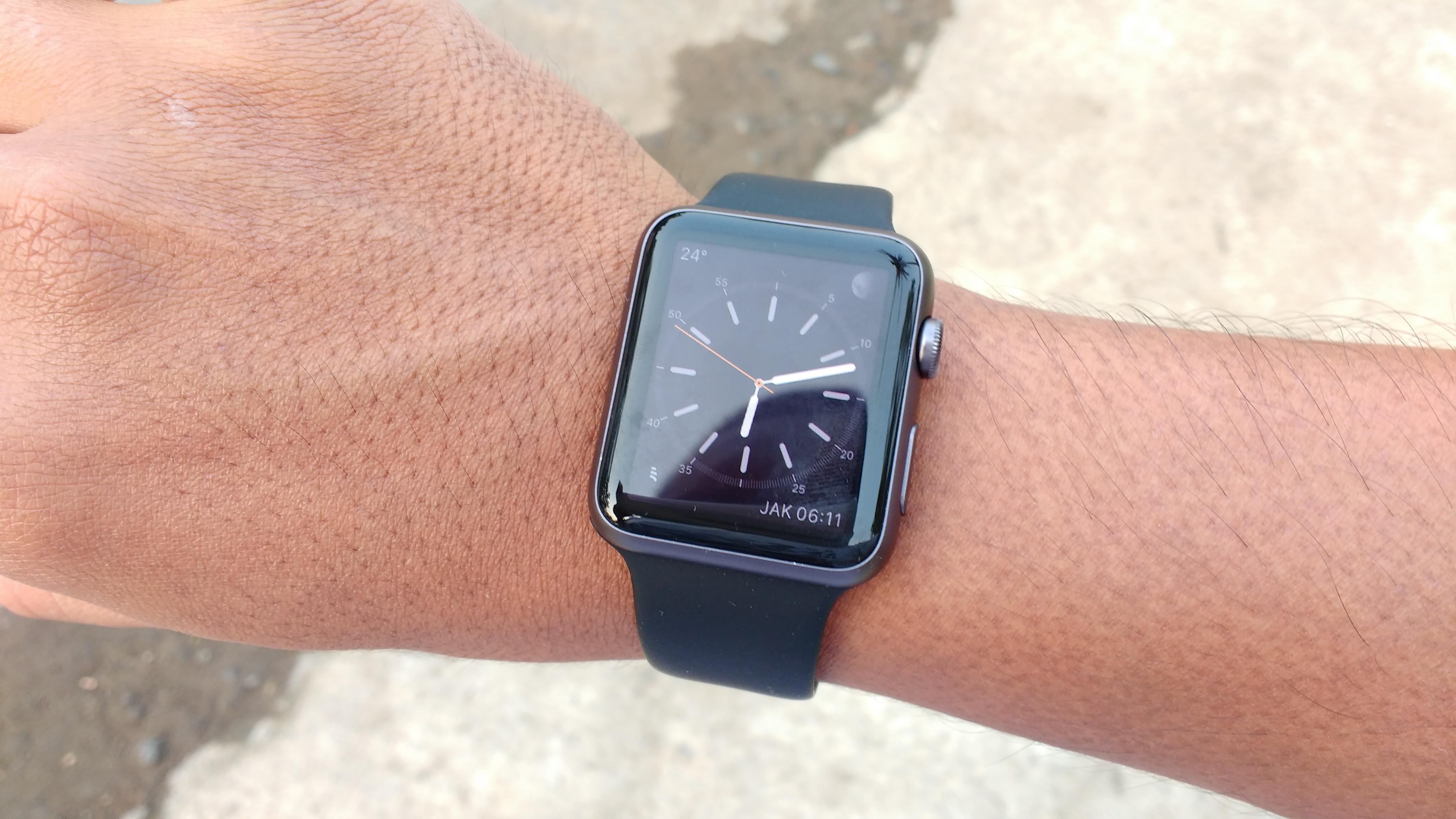 Moto G 2015 ambil foto Apple Watch Pakdhe Rahmad Budi Sulistia