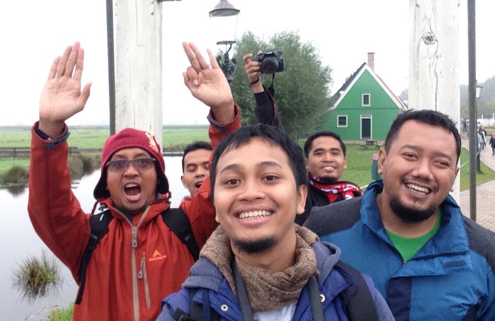 Bersama Mas Khusnun Mas Eddy Mas Kadi dan Lik ipin di Belanda