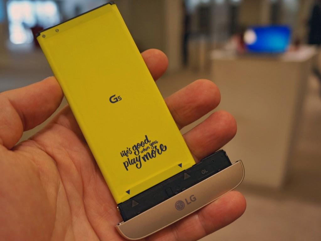 Baterai yang bisa di Lepas LG G5