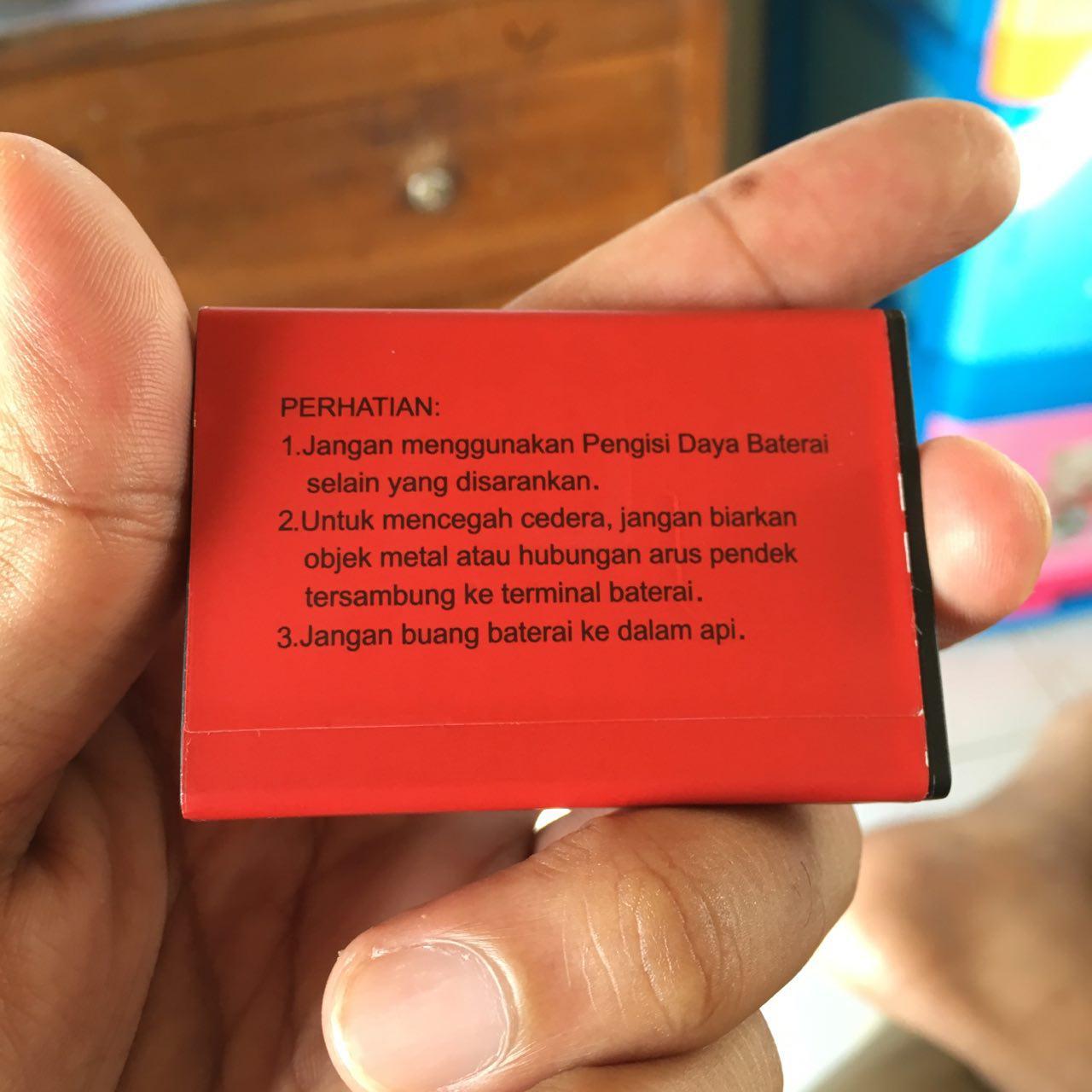 Sisi belakang Baterai Smartfren Modem 4G LTE M2Y