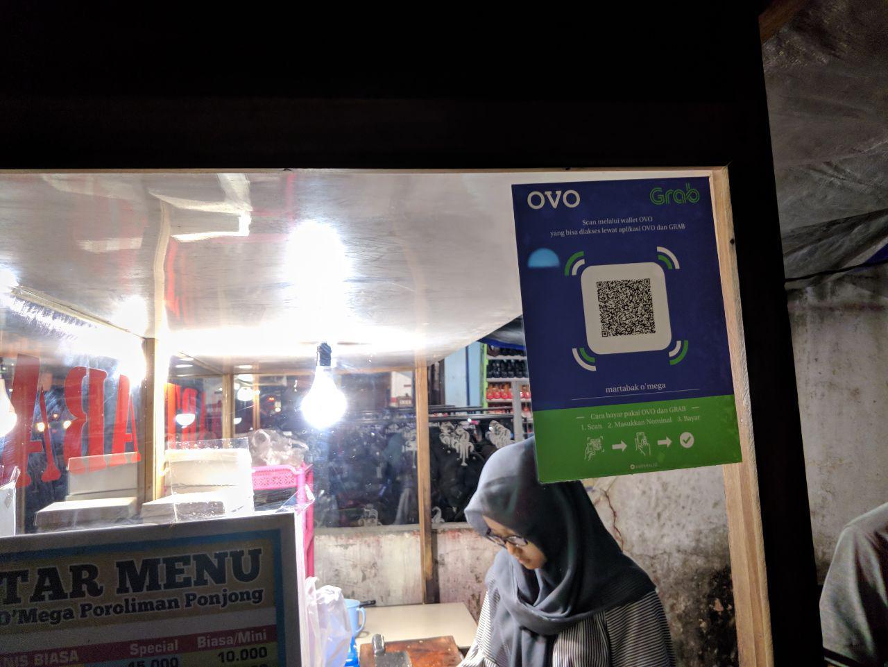 Martabak Omega Proliman Ponjong bayar dengan OVO