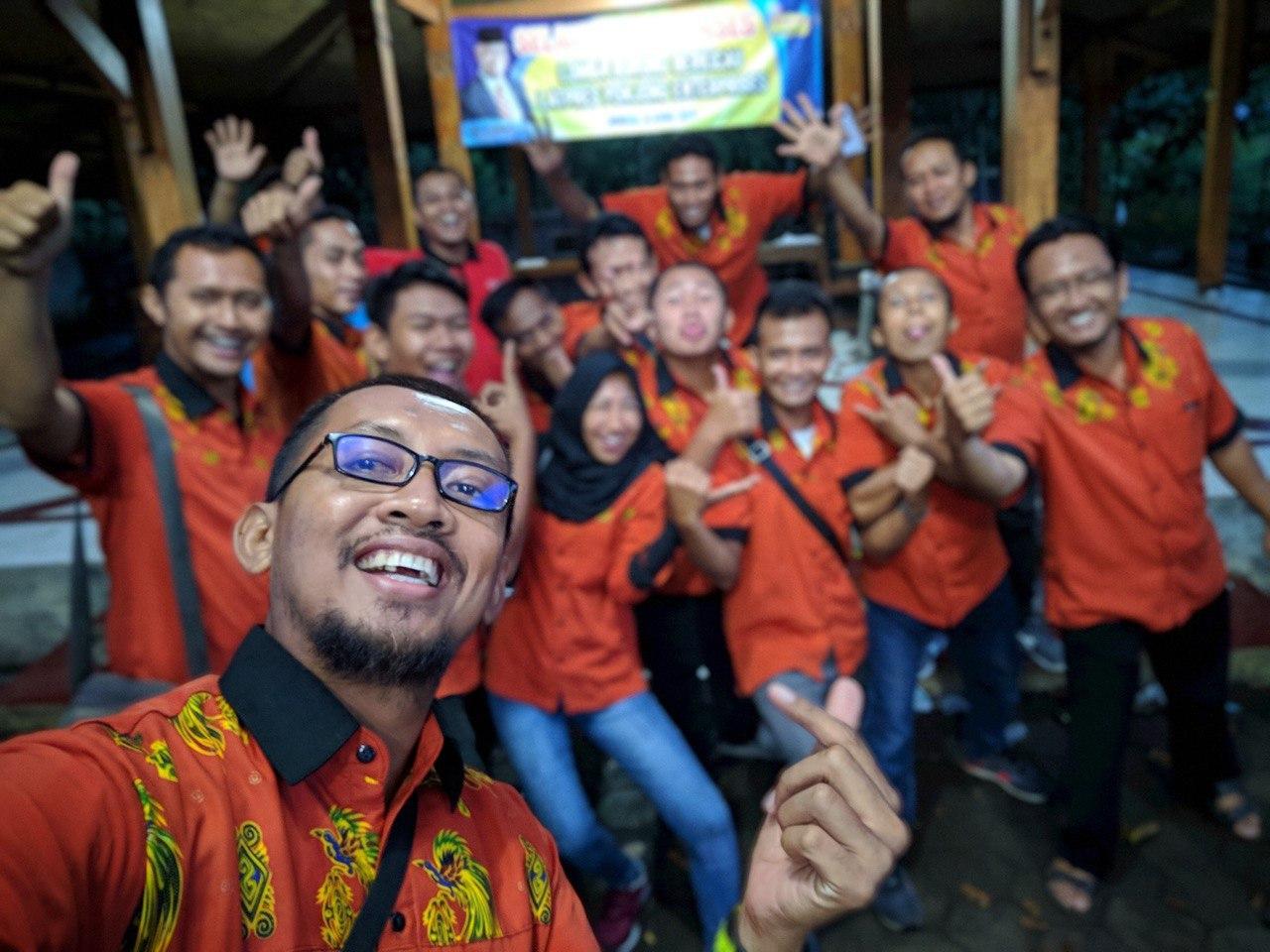 Guyup Rukun Ponjong Enterprises bersama Anang Sutrisno Arif Nurdiyanto Deni Kurniawan Tongki Danang Kliwon Si Muh dan Team